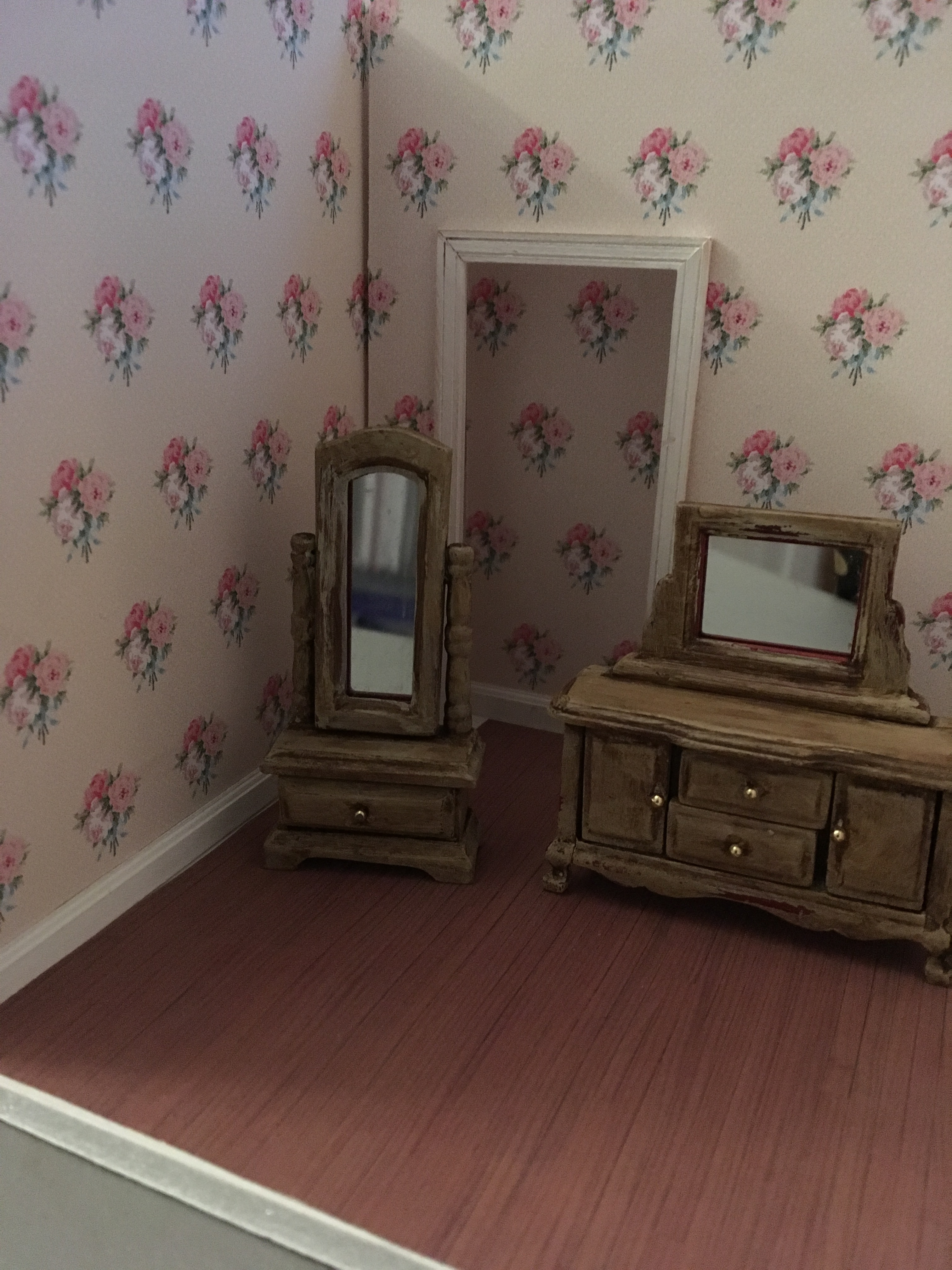 Two Piece Custom Paint Bedroom Furniture Set